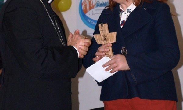 Un incontro speciale: Mons. Cornacchia a scuola