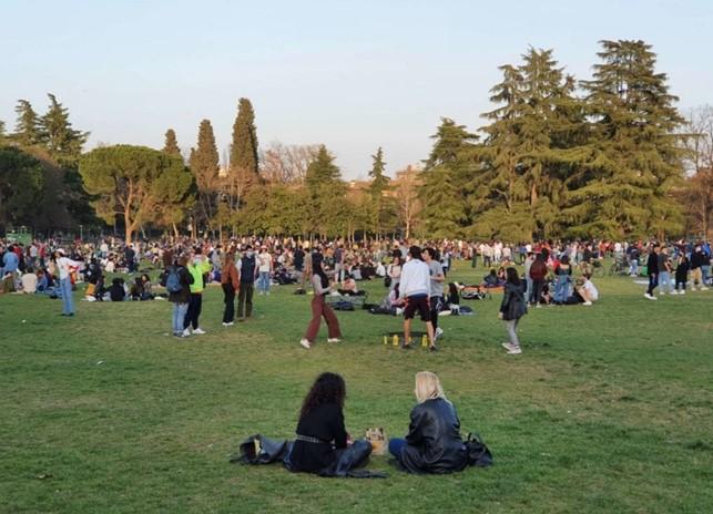 ragazzi al parco